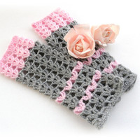 Crochet Gloves - Wrist Warmers - Arm Warmers - Fingerless Gloves - Fingerless Mittens - Grey Pink Lacy Mitts