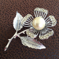 Pearl Rose Pin or Brooch, Pearl, Silver Tone, Designer Sarah Coventry Vintage Jewelry SUMMER SALE