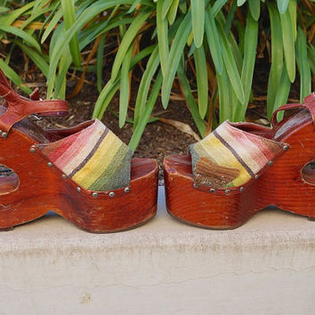 60s 70s Platform Sabots Bonnie Smith for Kimel Rare 1960s 1970s Wooden Platform Sandals Wood Cut Out Platform Shoes Serape Design Sz 9 / 8.5