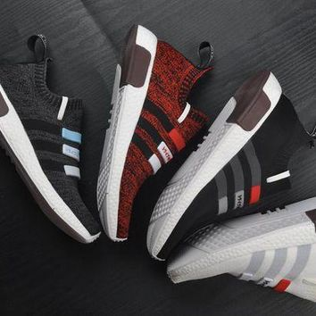 LMFUX5 Adidas Original Mega Boost NMD Omega 4 Color Sport Running Shoes Classic Casual Shoes Sneakers