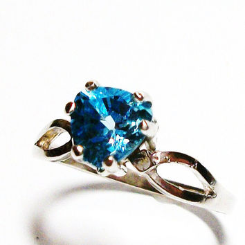 "Blue topaz, blue topaz ring, solitaire ring, November birthstone, blue ring, s 7 ""Sailing Away"""