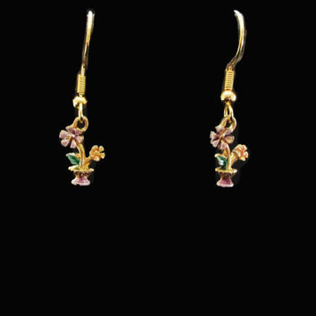 Vintage Little Flower Dangle Earrings - 80s Lavender Flower Pot Dangles - Pierced Earwires on Original Card
