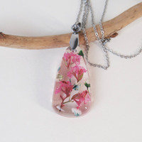 Real flower resin necklace  - Pressed Flower Jewelry, Botanical Jewelry, Pendant Charm, Sinensis flower