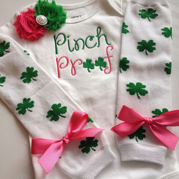 Baby girl St. Patricks Day Outfit-PINCH PROOF - baby girl spring outfit - newborn st patricks day outfit - clover legwarmers