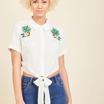 Collectif Sunday Sing-Along Button-Up Top in Pineapples
