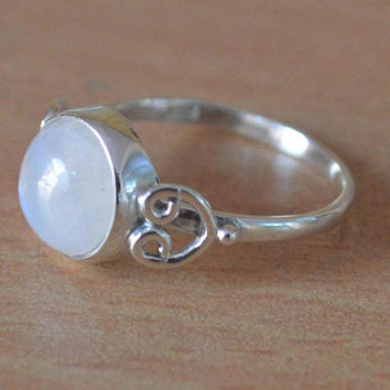 8 MM Moonstone Ring Sterling Silver Stacking Ring Solid 925 Silver Boho Ring,Beautiful Birthstone Rings,Girlfriend Gift Bohemian Ring Caboch