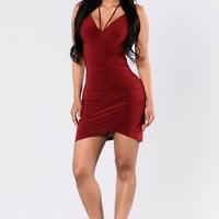 Mail Dress - Burgundy