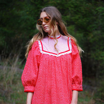 70s Hawaiian Dress, Red and White Floral Maxi Dress, Hawaiian Muumuu Caftan Dress, Long Sleeve Lace Cotton Prairie Dress, Oversized  S M L