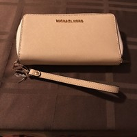 Michael Kors Wristlet Phone Holder