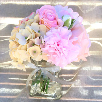 Wedding Centerpiece. Hydrangea Centerpiece. PINK Peony Ranunculus Roses Centerpiece. Silk Floral Arrangement. Table Flower Arrangements.