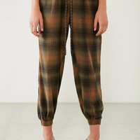 BDG Steph Plaid Flannel Jogger Pant | Urban Outfitters
