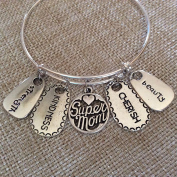 Strength Kindness Cherish Beauty Super Mom Expandable Charm Bracelet Adjustable Wire Bangle Gift Trendy Mother's Mom Gift