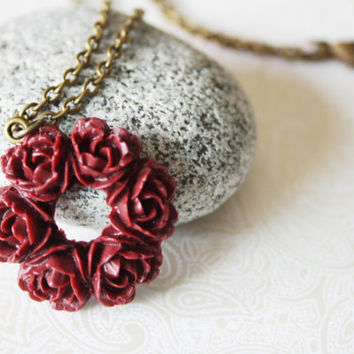 Wreath Necklace Perfect for Fall - Bridesmaid Jewelry - Wedding Necklace - Fall Weddings - Flower Necklace