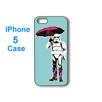 iphone 5 case--stormtrooper with umbrella pop art,personalize iphone 5 plastic hard case in black or white