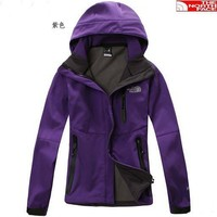 The north Face Latest style women's soft shell emergency Jackets