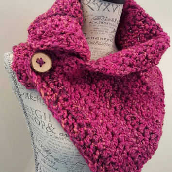 Crochet magenta  Shimmer Scarf. Infinity Scarf. Cowl. Scarf. Chunky. Katniss inspired cowl. Button scarf.