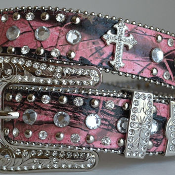 WESTERN PINK CAMO RHINESTONE CROSS STUDDED BUCKLE BLING HUNTING LEATHER BELT