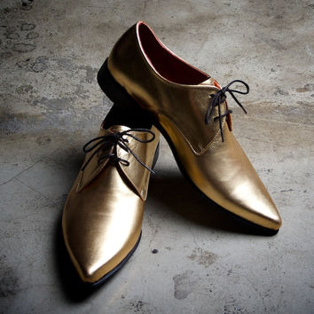 Golden leather wincklepickers pointy toe shoes