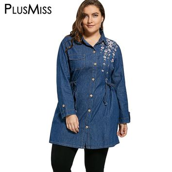 Plus Size 4XL Floral Embroidered Long Denim Shirt Women Autumn Turn Down Collar Long Sleeve Casual Blue Jeans Shirt Ladies