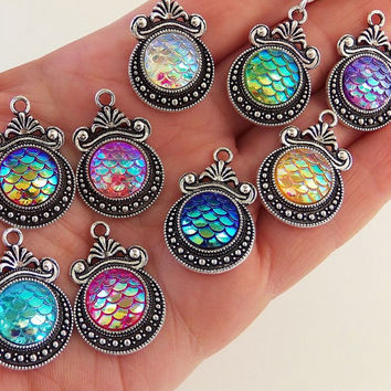 5 Mermaid scale charms, mermaid scale pendants, fancy mermaid charm, decorative mermaid, pretty charm, ornate charms, mermaid jewelry - F426