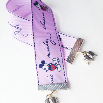 On Sale! Disney Classic Mickey Mouse Ribbon Bookmarks with Reading Book Pendants Charms Bookmark Bookmarker