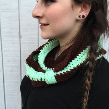Coffee and Mint Infinity Scarf / Crochet Infinity Scarf / Chunky Scarf / Infinity Scarf / Fall Fashion