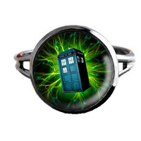Dr Who Inspired Tardis Ring - Green Electrical Storm - Public Police Box Jewelry - Geeky Whovian