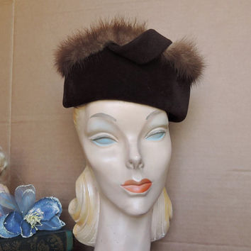 Vintage 1950s Plush Wool Velour Hat in Brown with Mink Fur Trim, fits 23 inch head