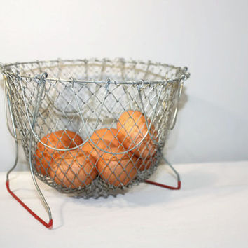 Vintage Folding Wire Egg Basket, Collapsible Container, Farmhouse Decor