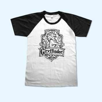 Harry Potter Gryffindor House Logo short sleeve - Gift for friend - Present