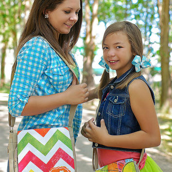 Personalized Custom Girls Rainbow Chevron Stripe Purse Tote Bag Tween Teen Childrens shoulder bag