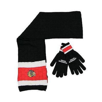 NFL Adult Scarf & Glove Gift Set (Chicago Blackhawks)