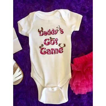 Mumsy Goose 2017 Infant White Daddys Got Game Onesuit