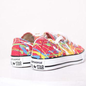 Kids Red Low Top Splatter Painted Converse Sneakers Kids Size 12, Primary Colors