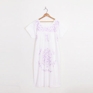 Purple Mexican Dress Lavender Mexican Embroider Dress White Mexican Oaxacan Dress Midi Dress 70s Hippie Dress Boho Dress M Medium L Large