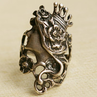 Vintage Sterling Silver Ring Art Nouveau Style Crown by luxedeluxe