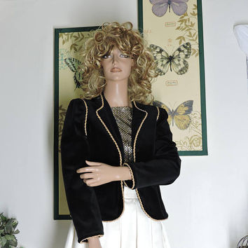 Vintage 80s black velvet jacket / size S / M / black and gold velvet blazer / jacket / retro steampunk goth velvet jacket / SunnyBohoVintage