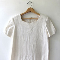 20% OFF SALE...70s natural white cotton dress. minimal dress. modern dress.