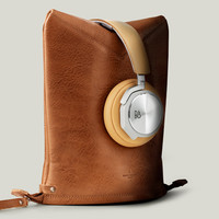 Peak Headphone Case & Stand