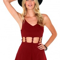 Missguided - Abbigail Cut Out Daisy Chain Playsuit In Burgundy