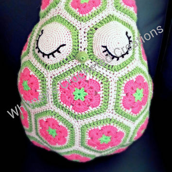 crochet stuffed owl , amigurumi , doll , stuffed animal , handmade , bird , owl toy , nursery decor , photo prop , owl