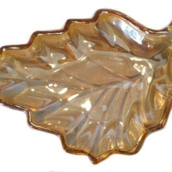Vintage Mid Century Pressed Glass Hostess Bowl Serving Candy Dish Carnival Leaf