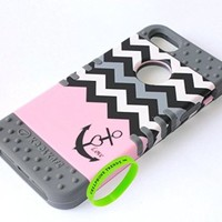 Cellphone Trendz Hybrid Rocker Case for Apple iPhone 5, 5s, 5g - Anchor Chevron Design Case (Pink Love Anchor on Gray)
