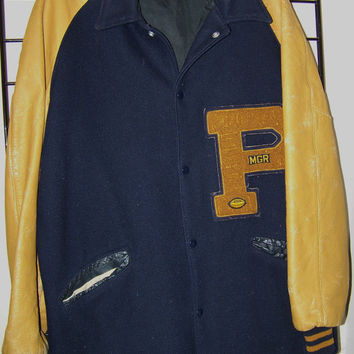 Vintage Men's Varsity Stadium Football Letter Jacket Size 42 Long, Wool & Leather, Dark Blue, Football Player, Stadium, Blue, Gold, Retro