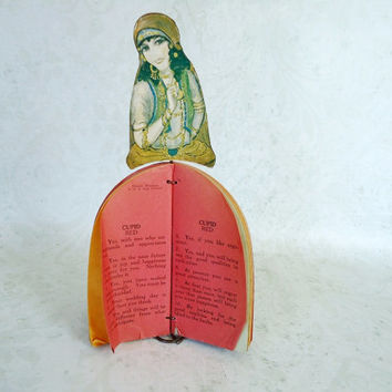 Vintage Stand Up Paper Gypsy Fortune Teller Game c. 1960s