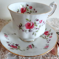 Vintage Paragon Fine Bone China Fragrance Pattern Tea Cup and Saucer White Tea Cup with Roses English Antique Tea Cup Replacement China Gift