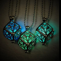 [flash Steampunk Pretty Magic Round Fairy Locket Glow In The Dark Pendant Necklace Gift = 5988032257