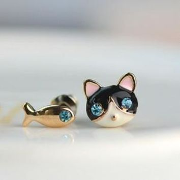 1 Pair Lovely Small Cat and Fish Asymmetrical Stud Earrings