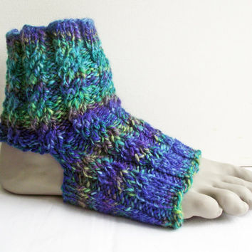 Yoga or Dance Socks, Pilates/Pedicure Socks, Hand-dyed Excercise Socks, Handspun Breatheable Socks,  Knitted Flip Flop Green Blue Merino