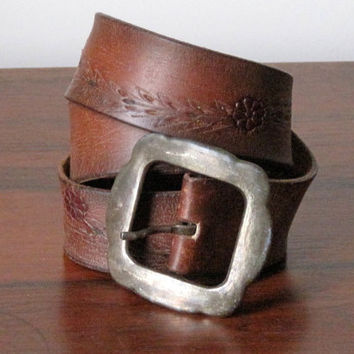 SALE Vintage 60's 70's Hand Tooled Leather Flower Belt Big Buckle / Boho Vintage Tooled Leather Belt